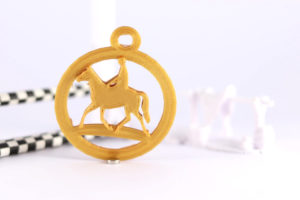 Horse and rider round keyring gold PLA